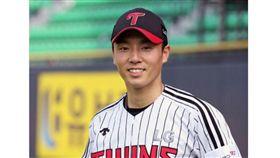 ▲LG雙子25歲側投韓善泰從未有甲組資歷。(圖/截自韓國媒體)