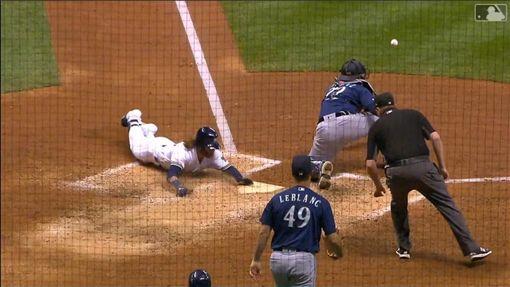 ▲釀酒人甘默(Ben Gamel)跑出場內全壘打。(圖/翻攝自MLB官網)