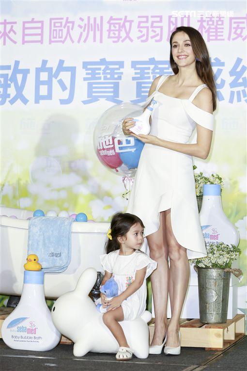 瑞莎、女兒Nika 圖/記者林士傑攝影