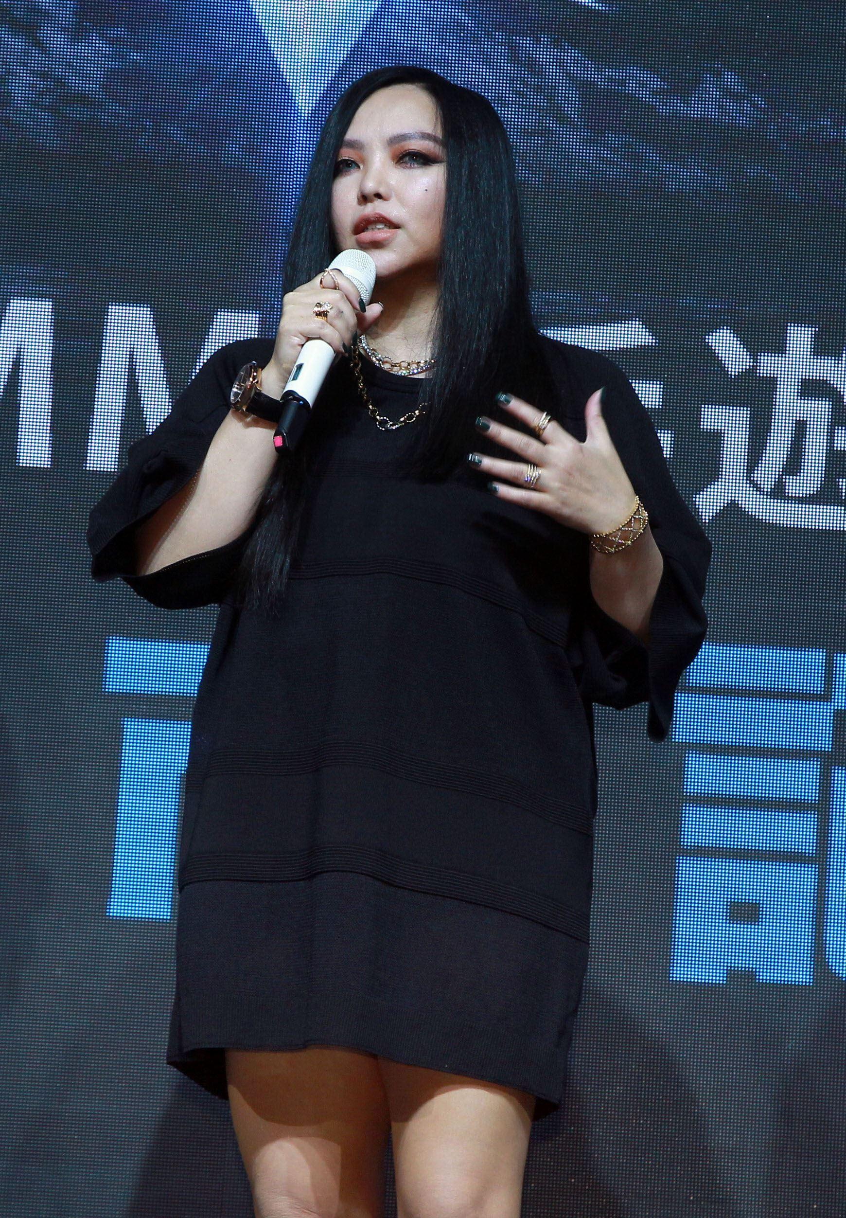 張惠妹神回安那女女戀「很自然」。(記者邱榮吉/攝影)