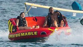 NBA/可愛帶女友度假…地點曝玄機 NBA,多倫多暴龍,Kawhi Leonard,自由球員 翻攝自《TMZ Sports》