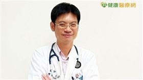 陳勇志醫師表示,多數人都以為只有腦部會腦梗塞中風,殊不知腸道也會被血塊梗塞,造成缺血性腸壞死,若未及時處理,死亡率極高。