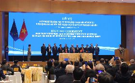 越南與歐盟在河內簽署FTA