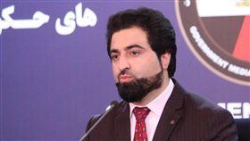 阿富汗內政部發言人拉希米(Nasrat Rahimi)拉希米說:「一開始發生汽車炸彈爆炸,接下來有好幾名攻擊者攻佔一棟建築物。特種警察已在這個區域拉起封鎖線,(他們)正在圍捕攻擊者。」(圖/翻攝自推特)