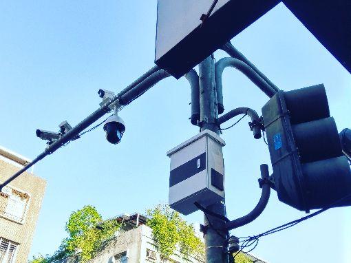 新北9月試辦智慧停車2.0(1)新北市政府交通局9月將試辦「智慧停車2.0系統」,透過設置停車柱及高位視訊等最新科技執法系統,在尖峰時段設定允許的停車時間,讓家長安心接送孩童。(新北市交通局提供) 中央社記者葉臻傳真 108年7月1日