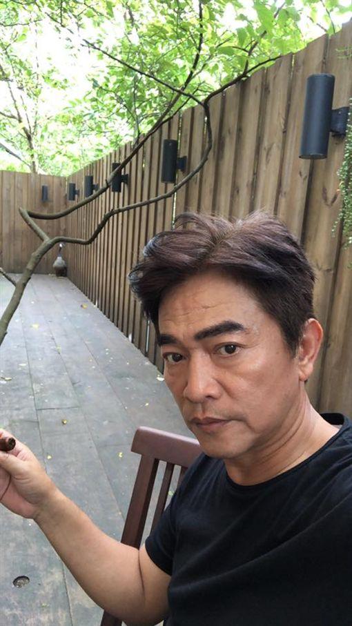 館長、吳宗憲圖/翻攝自臉書