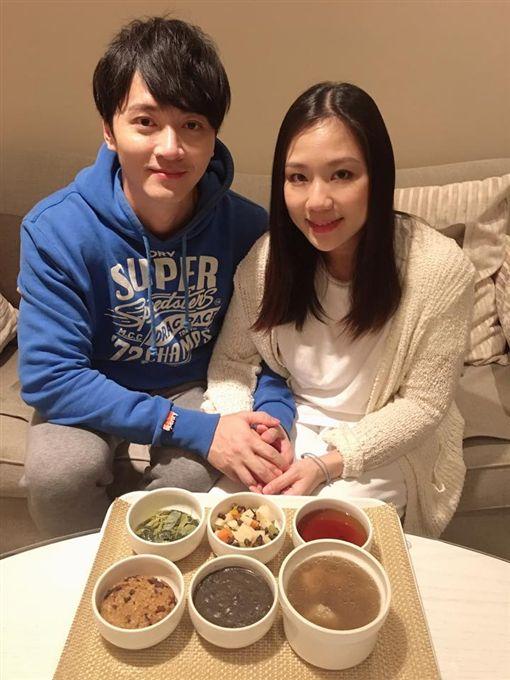 馬俊麟與老婆/翻攝自馬俊麟臉書