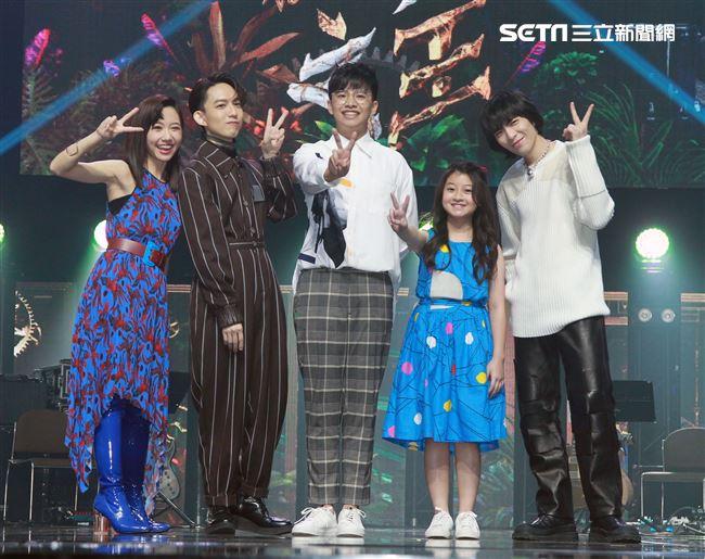 Lulu主持的歌唱選秀節目「聲林之王」第2季首錄記者會,金曲歌王蕭敬騰和林宥嘉擔任首席導師。(記者邱榮吉/攝影)