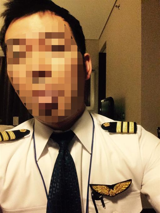 台北,中正二,華航,副機師,酒醉,傷害,強制,女騎士。翻攝自樓男臉書
