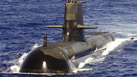 從1996台海危機看問題 澳洲學者建議核武抗中澳洲學者懷特近日指出亞洲海權平衡已改變,他表示中國將稱霸亞洲,澳洲需思考核武。圖為澳洲皇家海軍柯林斯級潛艦。(圖/翻攝自維基百科)