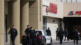 美國又傳槍擊事件!舊金山商場傳槍響 至少4傷,圖/美聯社/達志影像