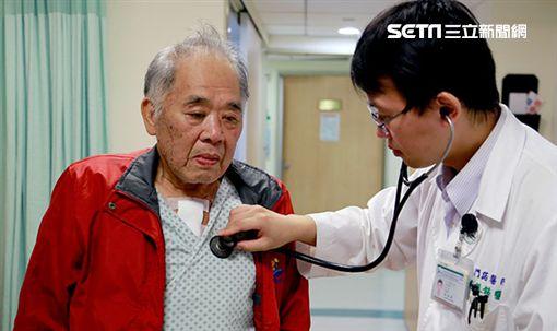 門諾醫院,心臟外科,黃振銘,捶胸口,捶胸,急性心肌梗塞,心肌梗塞圖/翻攝自門諾醫院官網