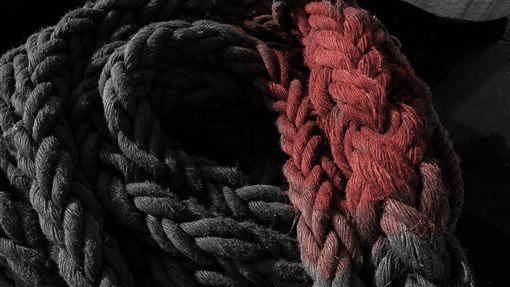 海軍,甲板,纜繩,鏽水(圖/取自Pixabay)