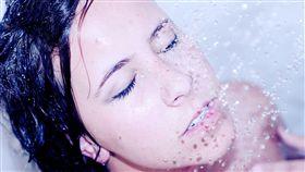 想擁有蛋白肌?洗臉「NG行為」大曝光 快看你洗對了沒(圖/翻攝自pixabay)
