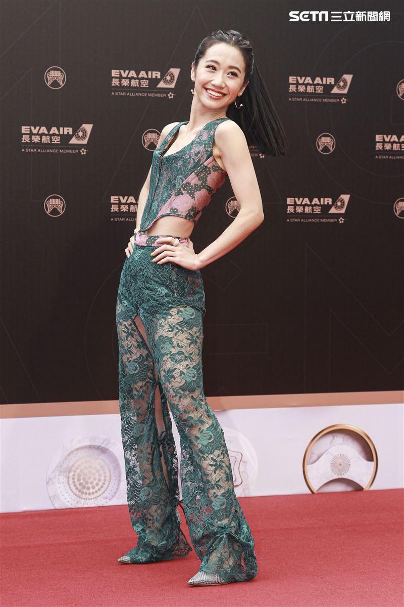第30屆金曲獎星光大道,LuLu黃路梓茵。(記者邱榮吉、林士傑/攝影)