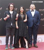 第30屆金曲獎星光大道,錢煒安、王俊傑、Ruby Pan。(記者邱榮吉、林士傑/攝影)