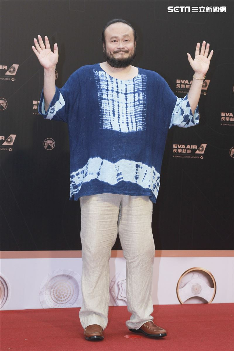第30屆金曲獎星光大道,謝宇威。(記者邱榮吉、林士傑/攝影)