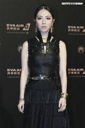第30屆金曲獎星光大道,G.E.M鄧紫琪。(記者邱榮吉、林士傑/攝影)