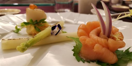 夏天消暑這樣吃 「可以吃的象牙」MIT白蘆筍爽脆多汁 台北凱撒大飯店 王裕賢主廚