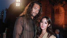 孫芸芸 姊姊孫瑩瑩受邀到現場看秀,南韓女星高素榮以及「水行俠」傑森摩莫亞(Jason Momoa),都是座上賓。翻攝IG