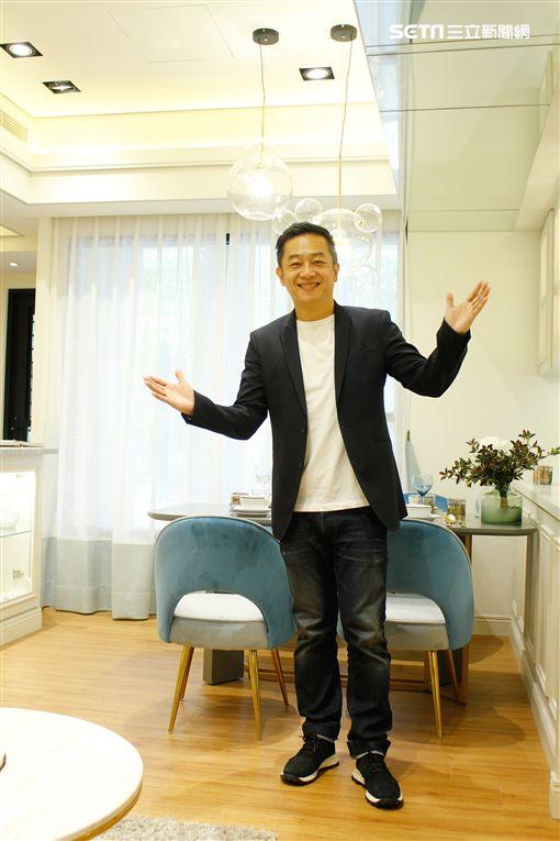 陳昭榮到高雄直播賣房圖/翰成數位直播提供
