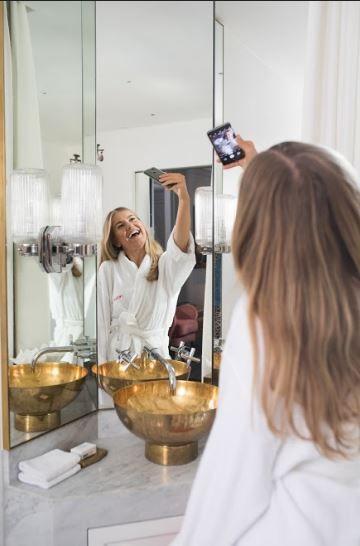▲旅遊浴室自拍正夯!教你7招拍出美照(圖/Hotels.com提供)