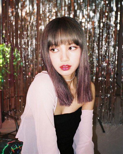 Lisa,BLACKPINK/翻攝自Lisa IG