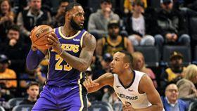 NBA/湖人簽下防守悍將「小AB」 NBA,洛杉磯湖人,Avery Bradley 翻攝自推特