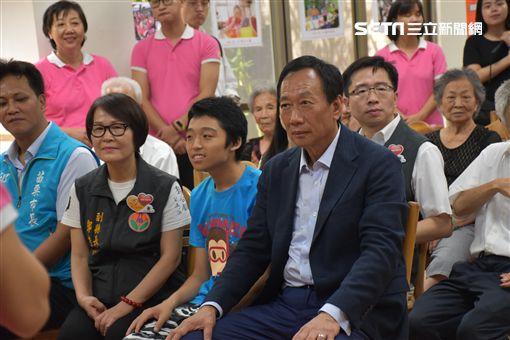 郭台銘,鄧桂菊 圖/記者林恩如攝影