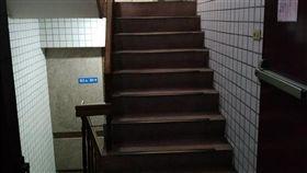 電梯,樓梯,設計,住宅,mobile01 圖/翻攝自mobile01