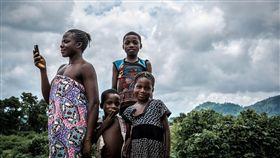 奈及利亞,傳統,習俗,袒胸露乳,結婚。(圖/Pixabay)