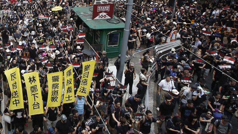 沒有民主的香港青年要維護法治底線