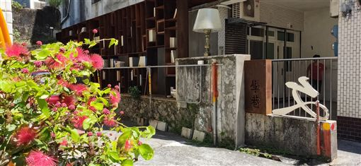 戴正吳 郭台銘 頭城老街 慶元宮 米苔目 拜媽祖 和平街 宜蘭頭城