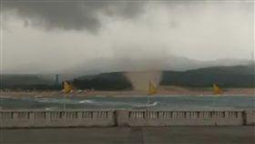沙龍捲,雷陣雨,沙灘,福隆