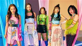 Red Velvet女孩團員們長大了!(圖/翻攝自Red Velvet IG)