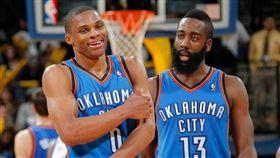 NBA/威少選火箭 大鬍子是主因 NBA,奧克拉荷馬雷霆,Russell Westbrook,休士頓火箭,James Harden 翻攝自推特