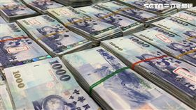 刑事局,宗教,仁波切,詐騙,詐欺,洗錢,鈔票,台幣,人民幣,示意圖。呂品逸攝