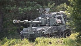m109a6,paladin,自走砲車,戰車,軍事,陸軍 圖/Pixabay