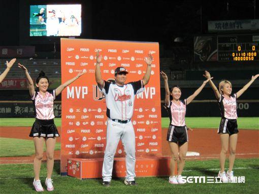 ▲高國慶代打獲選單場MVP。(圖/記者蕭保祥攝影)