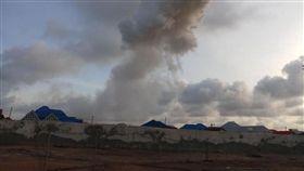 (16:9)爆炸時所產生的煙霧。(圖/翻攝自Horn24推特)
