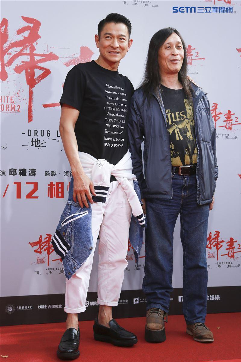 劉德華與導演邱禮濤出席電影《掃毒2 天地對決》西門町封街粉絲會。(記者林士傑/攝影)