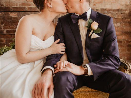 圖/翻攝自unsplash,夫妻,結婚,婚姻
