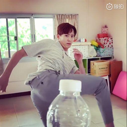 2PM尼坤/翻攝自尼坤微博