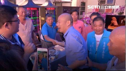 高雄市長韓國瑜在贏得國民黨初選後,下午由苗栗縣長徐耀昌的陪同,前往傅學鵬家致意