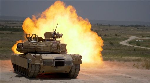 美國國務院9日宣布批准總值超過22億美元的對台軍售案,包含M1A2T艾布蘭戰車(Abrams)與相關設備及支援,及可攜式刺針防空飛彈(Stinger Missiles)相關設備。
