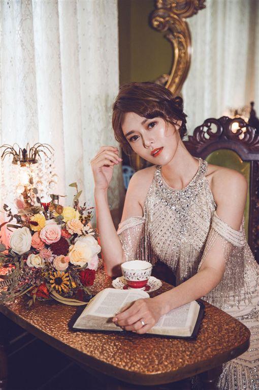 劉宜涵 婚紗照 圖/臉書