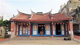 彰化縣鹿港地藏王廟有1名79歲的阿嬤參加中元超渡法會,藉以超渡自己的2個嬰靈(翻攝Google Map)