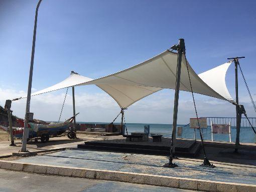 金湖海灘花蛤季延至8月中旬(1)海灘花蛤季是金門一鄉一特色年度盛事,原預計18日晚間開幕,受到颱風影響,將延到8月17到19日舉行。中央社  108年7月17日