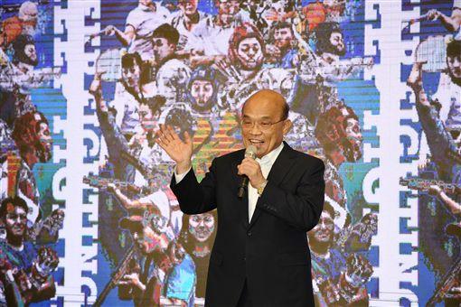 行政院長蘇貞昌17日出席「2019年第30屆拿坡里世界大學運動會代表團感恩餐宴」。(圖/行政院提供)