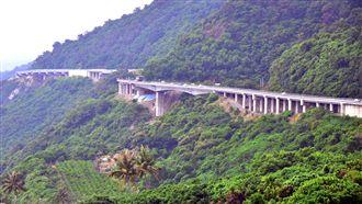 防颱風外圍環流大雨 7省道段列警戒
